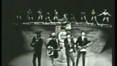 The Rolling Stones - (I Can't Get No) Satisfaction [Live 1965]
